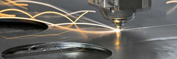 چه فلزاتی را می توان با لیزر برش داد
